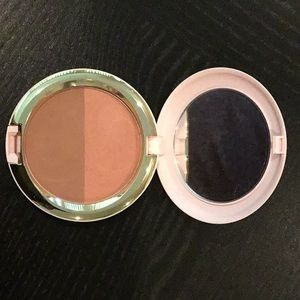 MAC Powder blush duo. Limited Edition Patrick Star